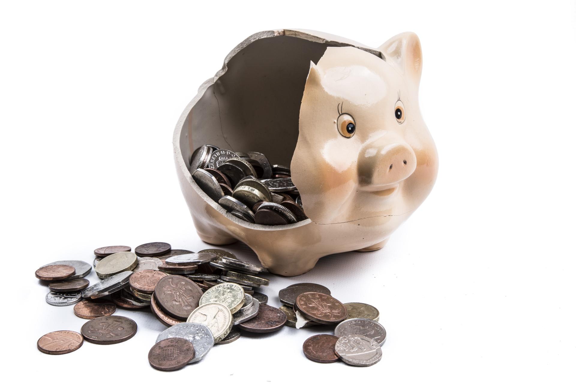 broken-piggy-bank - Trading Game